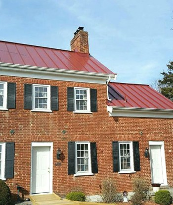 Colonial Red Home